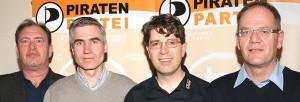 """""""Klarmachen zum Ändern"""" heißt es für die Direktkandidaten der PIRATEN in Rosenheim (von links): Bernhard Häusler, Andreas Stürzl, Dr. Olaf Konstantin Krueger und Thomas G. Weigert. Foto: Dr. Jorg Valentin"""